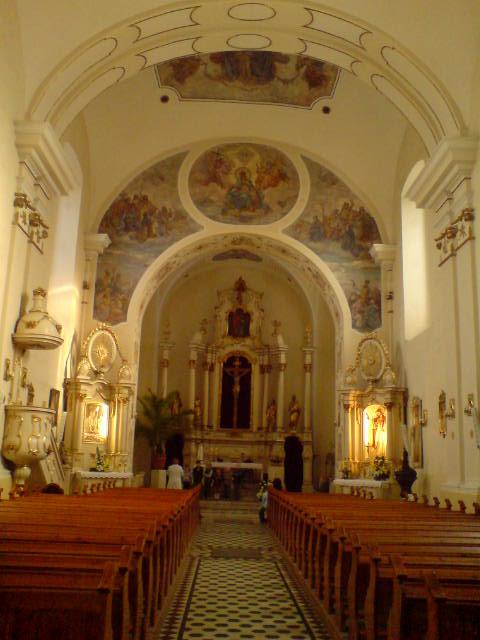 wnętzre kościoła