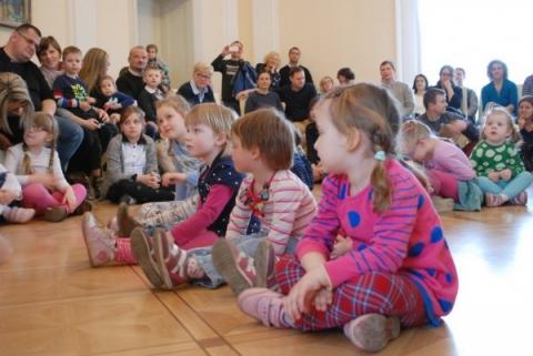 Galeria dla  Hej wiosno, hej – poranek muzyczny z cyklu Akademia Dzieciom